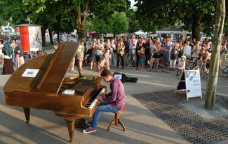 Foto: Open Piano for Refugees / Udo Felizeter